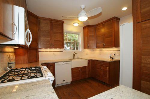 [113]Kitchen8.jpg